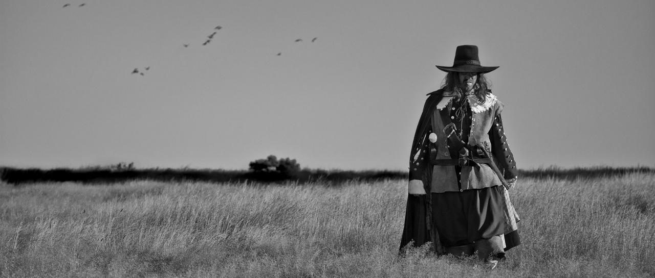 A Field in England (Ben Wheatley, 2013)